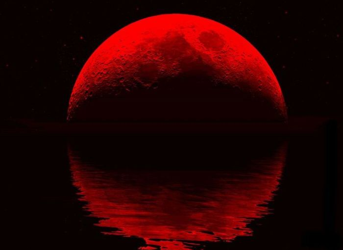 DARK FRIDAY!!! 'Nigerians Can See Blood Moon Today From 6:44Pm To 9:21Pm'