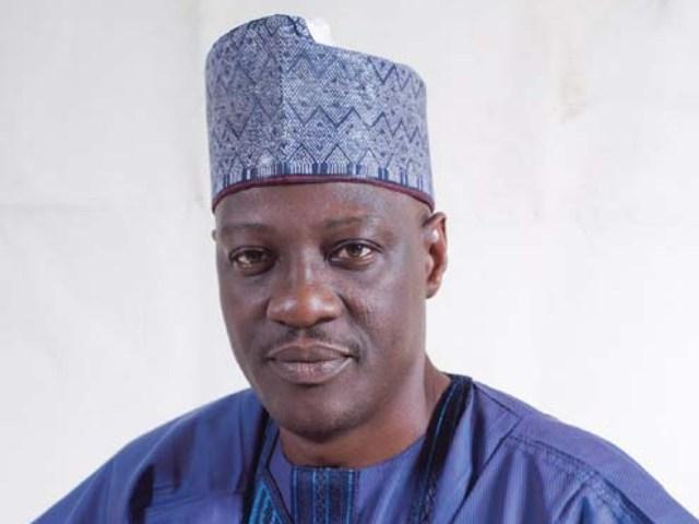 Breaking News :Kwara State Gov Alhaji Abdufatah Ahmed Dump APC To PDP
