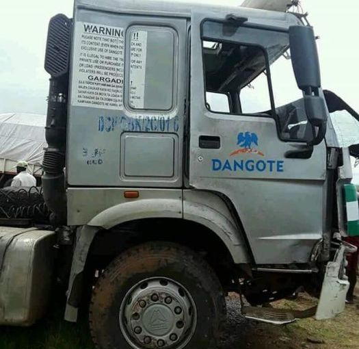 Dangote Truck  kills  10 Persons After Colliding With Bus On Abuja Road (Pictures )