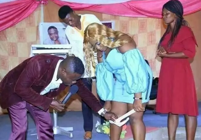 Pastor Naked  Female  Church Member's , Calls It Pregnancy Deliverance