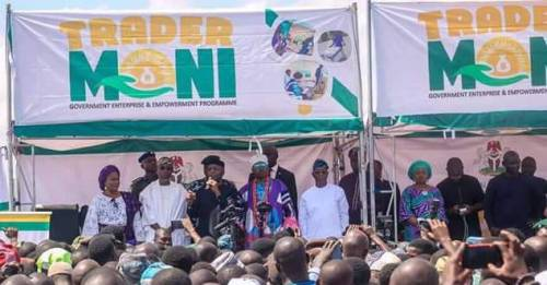 Thugs Disrupted TraderMoni In Ilorin.
